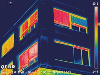 L'imagerie infrarouge est utilisée dans le génie civil, par exemple, pour vérifier l'isolation thermique des toitures et pour analyser les constructions en briques et les fenêtres.