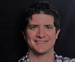 Headshot Michael Roberts
