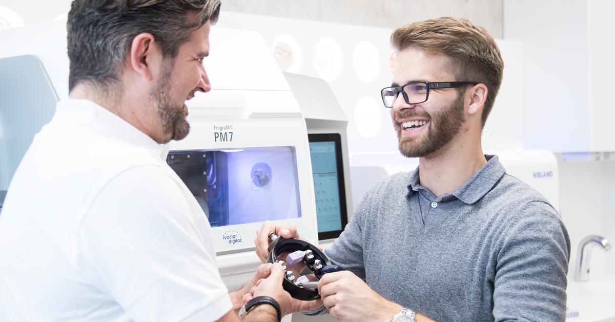 Popular post - Tres consejos para hacer que su laboratorio protésico sea más productivo