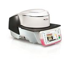 El horno cerámico Programat P710 permite, entre otros, la determinación digital del color del diente con la ayuda de imágenes.