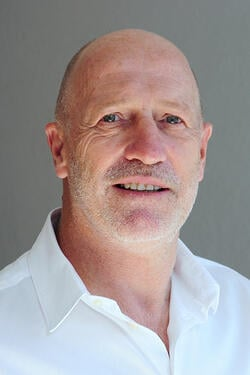 Dr. Mark Bowes