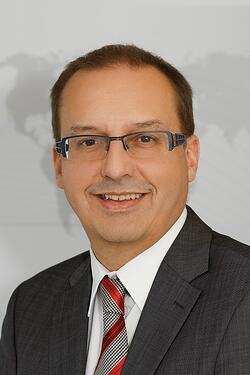 Armin Ospelt, Senior Director Global Marketing by Ivoclar Vivadent.