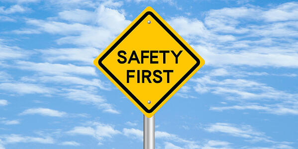Featured image - Minimize risks: How to be on the safe side?